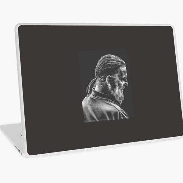 Street Photography - longhaird bearded man  Laptop Skin