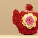 knitted teapot by weglet