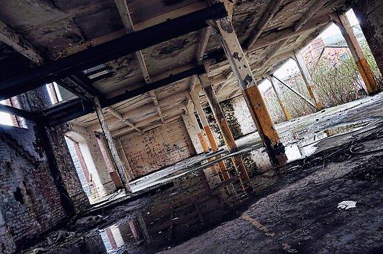 emptyness by petebreezy