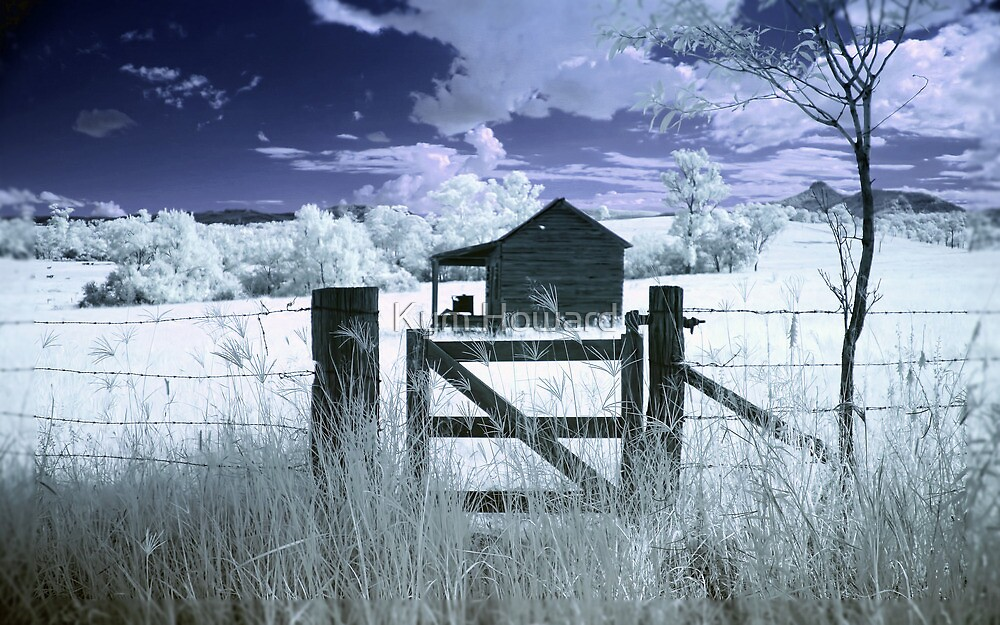 A house in the Country by Kym Howard