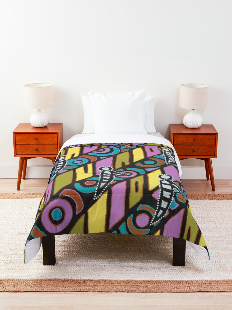 Alternate view of I am (White Cockatoo Dreaming) Comforter