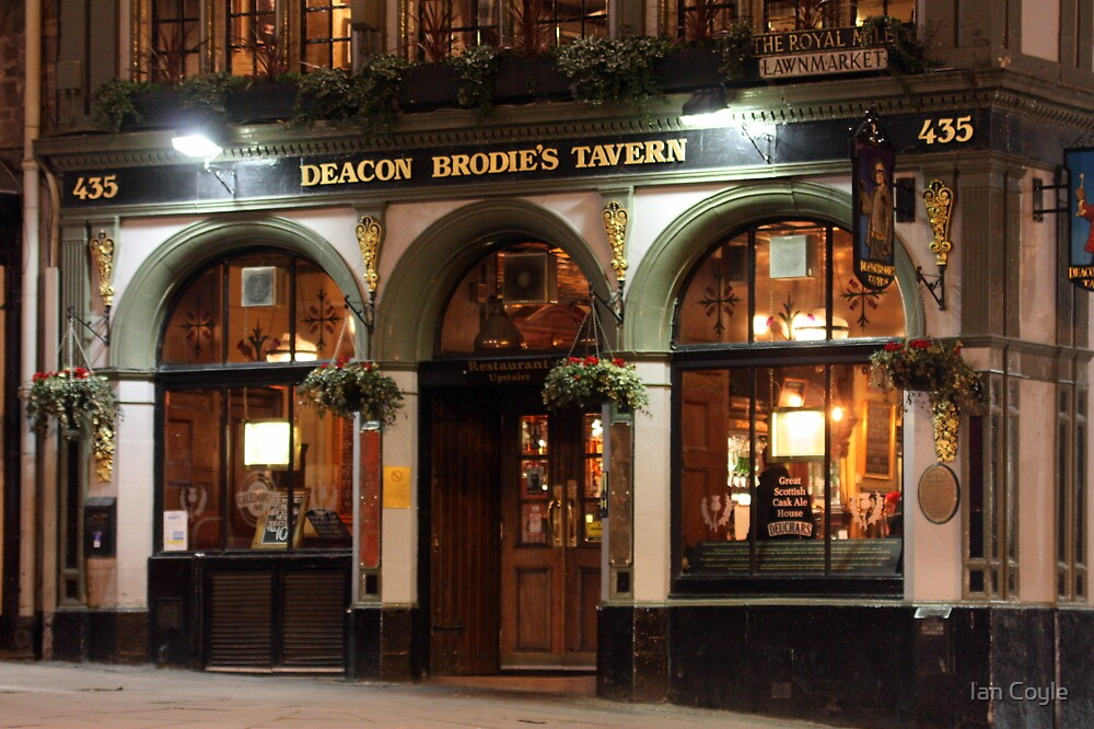 Deacon Brodies Tavern by Ian Coyle