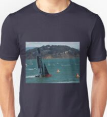 """""""USA Wins the America's Cup"""" Unisex T-Shirt"""