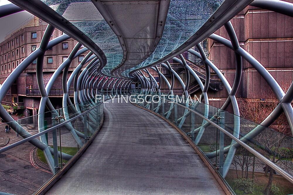 Cross over bridge by FLYINGSCOTSMAN