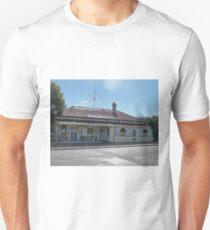Rudd's Pub, Nobby, Qld, Australia Unisex T-Shirt