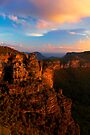Boar's Head Rock, Katoomba, NSW. by Andy Newman