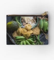 Asian flavours Studio Pouch