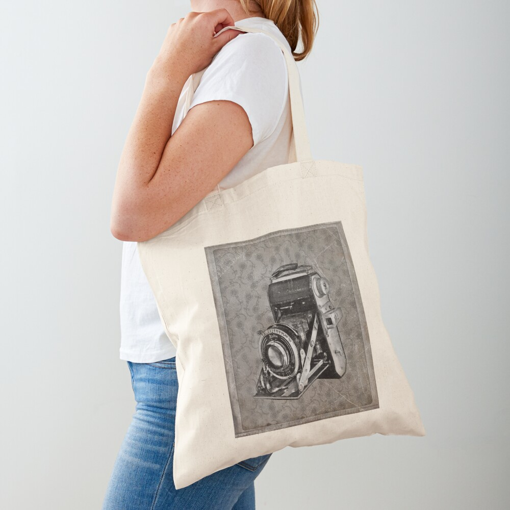 Welta Camera - Vintage Black and White Tote Bag
