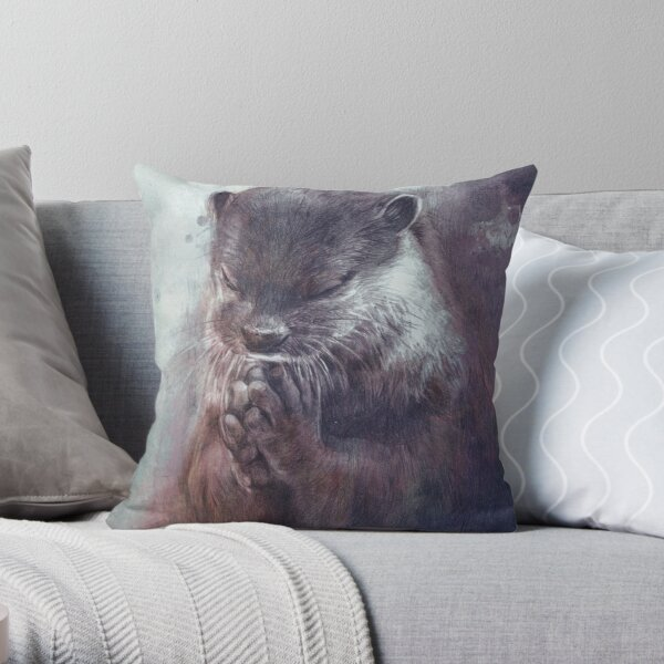 Meditating otter Throw Pillow