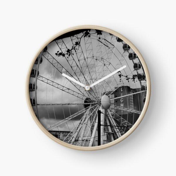 Ferris wheel in Manchester (now deconstructed) Clock