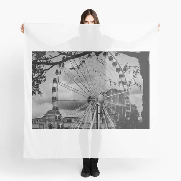 Ferris wheel in Manchester (now deconstructed) Scarf