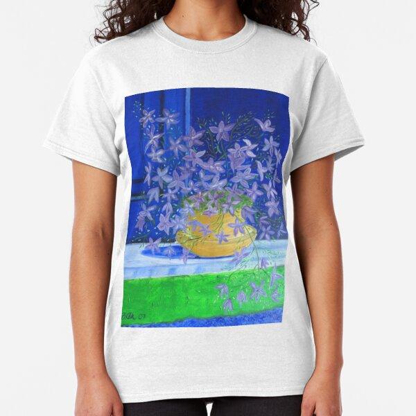Dancing flowers Classic T-Shirt