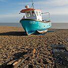 Aldeburg beach boat by StephenRB