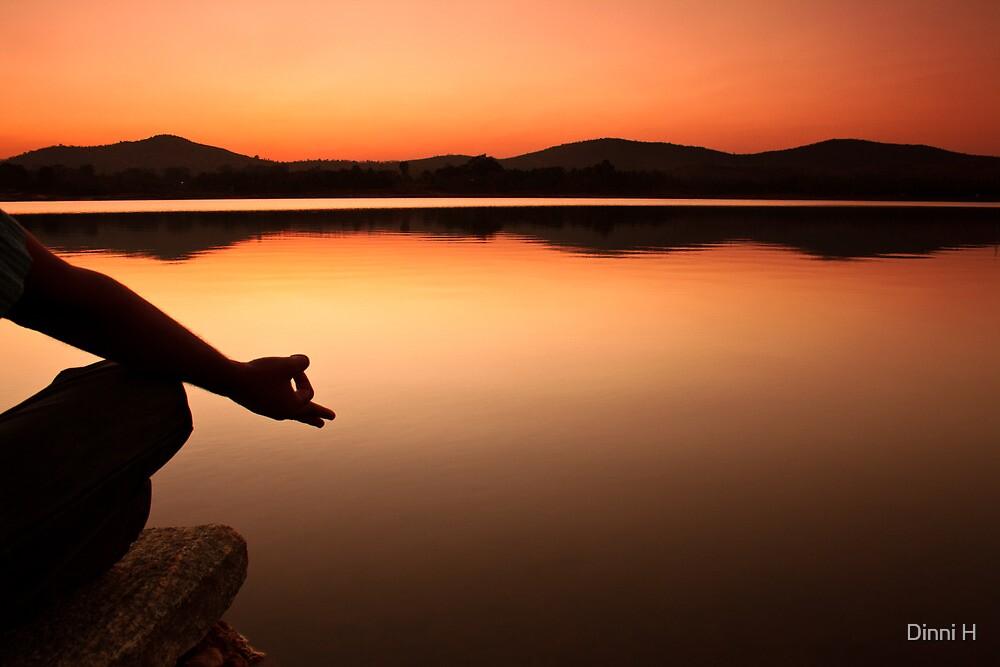lake yoga! by Dinni H