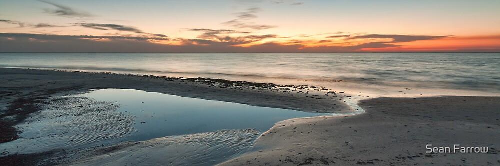 Sun Fades over Port Phillip - Panograph by Sean Farrow