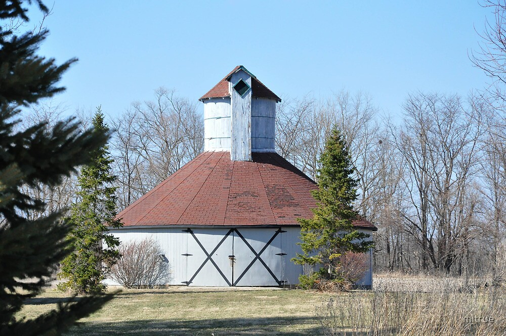 Round barn Windsor,Indiana by mltrue
