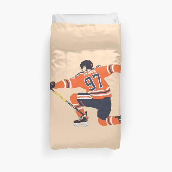 connor mcdavid goal celly digital drawing Duvet Cover