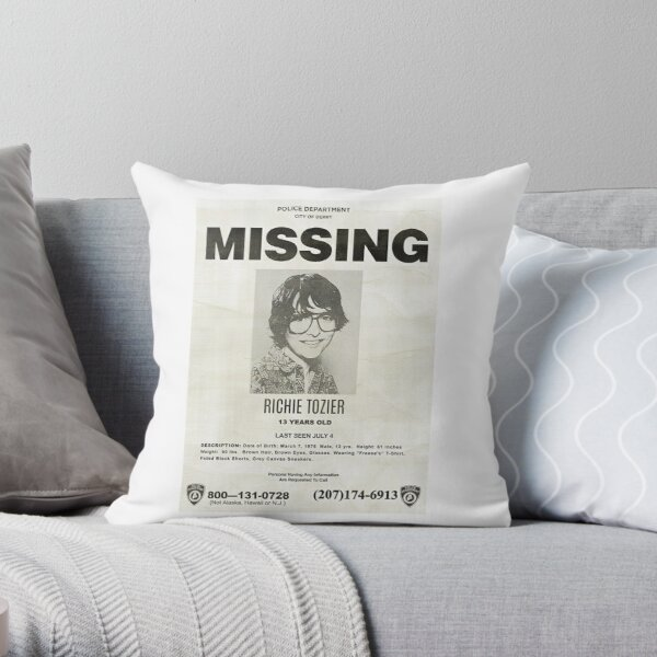 IT RICHIE TOZIER FINN WOLFHARD MISSING POSTER Throw Pillow