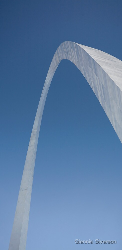 The St. Louis Arch by Glennis  Siverson