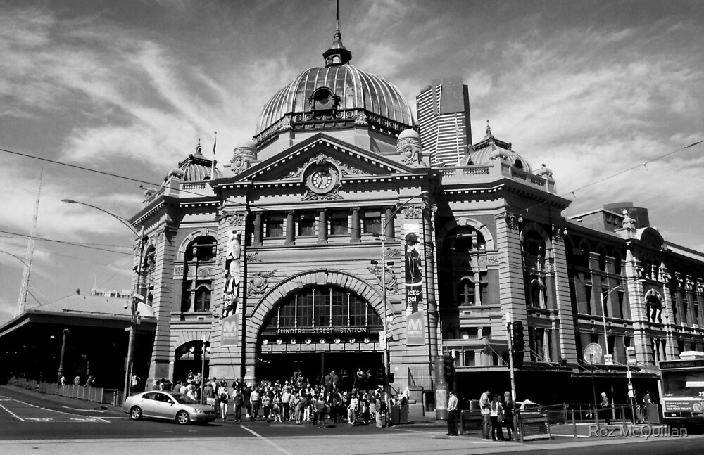 Flinders Street Station, Melbourne #2 by Roz McQuillan