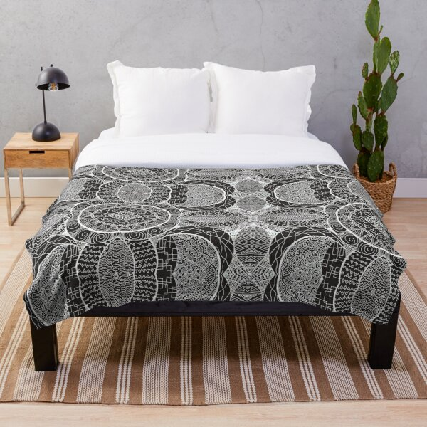 Mamma Africa   Geometric Tribal Pattern White Outline Throw Blanket