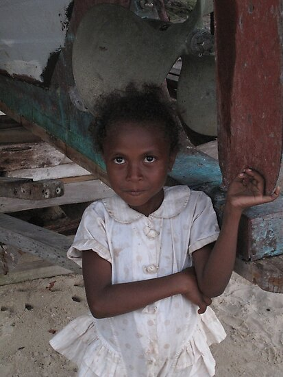 Girl at Nimoa by Reef Ecoimages