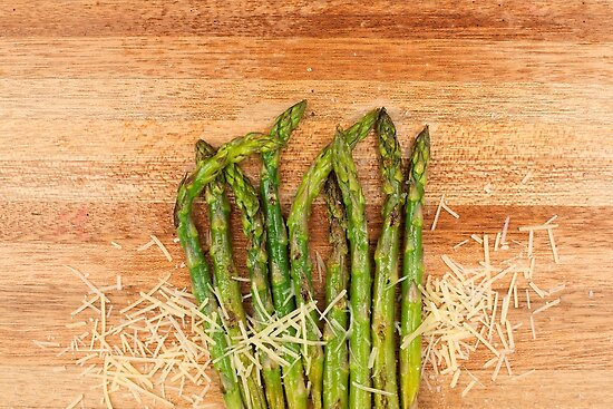 Grilled asparagus and parmesan cheese by Rob D