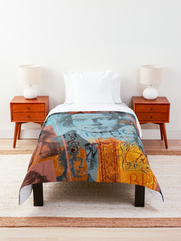 Alternate view of  the European anthem Comforter