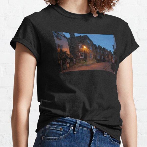 Robin Hoods Bay - Evening Glow Classic T-Shirt