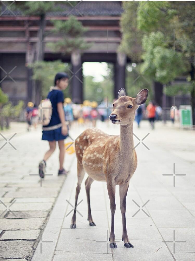 «Biche Nara Fille» par Timena