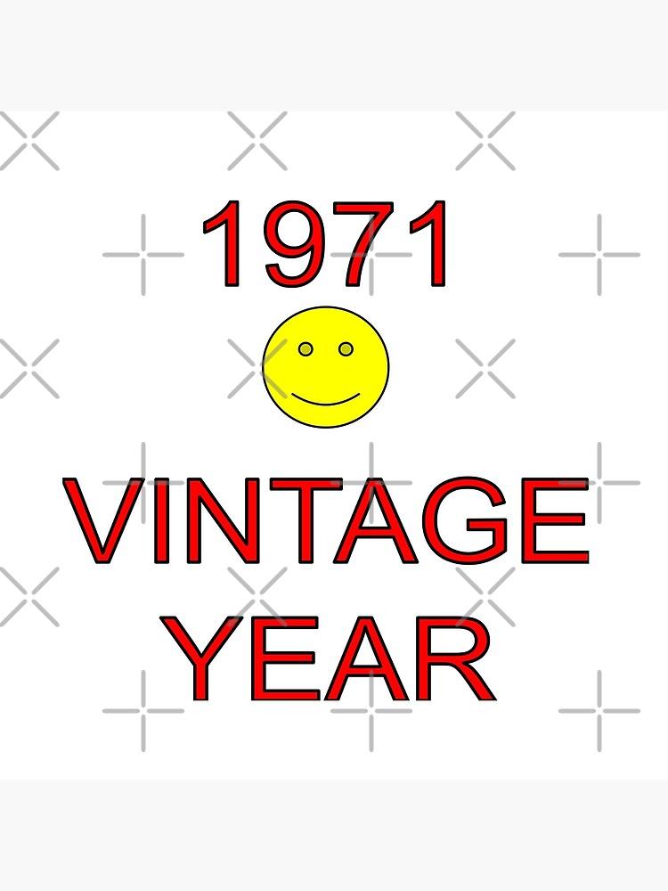 1971 Vintage Year by MikeHawkinWorld