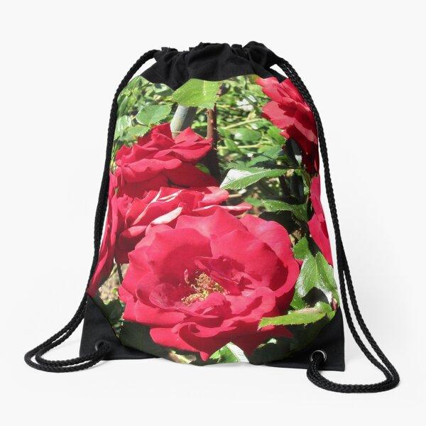 Bed Of Beautiful Red Roses Drawstring Bag