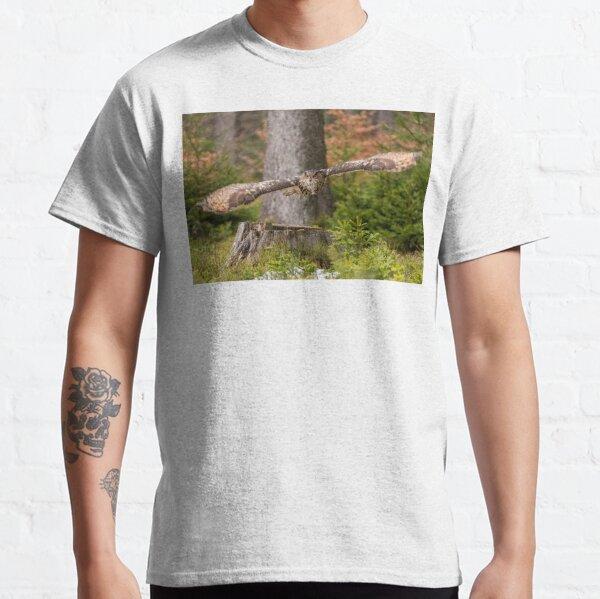 Eagle Owl in flight. Classic T-Shirt