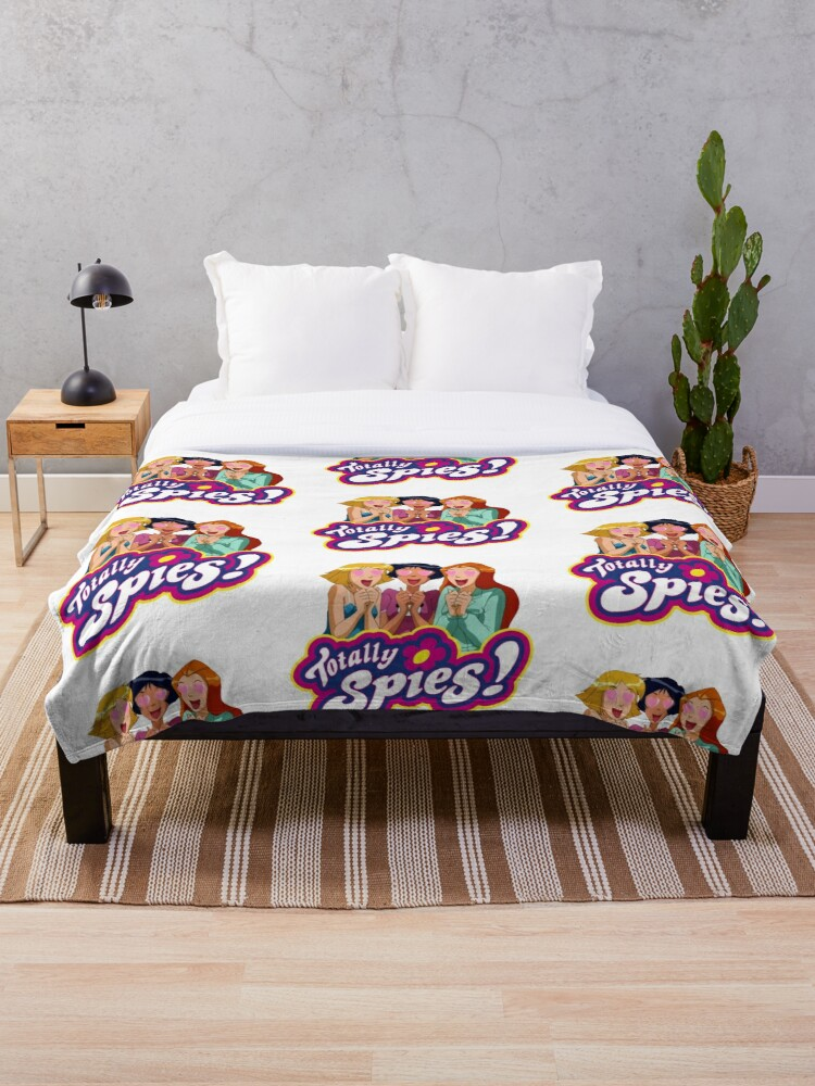 Totally Spies Love Throw Blanket By Juderab Redbubble