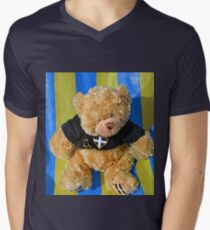 Arthur Relaxing at Beer Harbour... T-Shirt