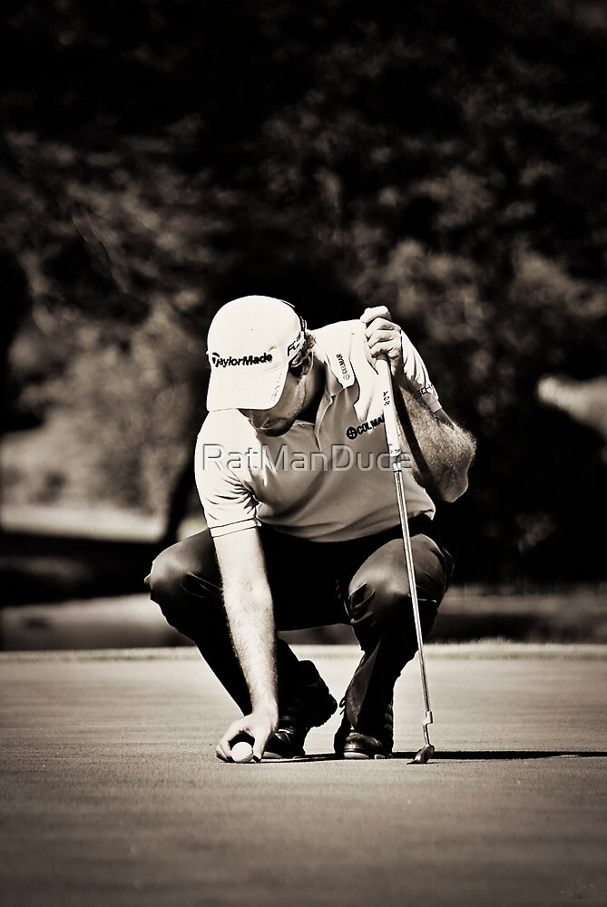 Eduardo Molinari on the 17th Green - NGC2010 by RatManDude