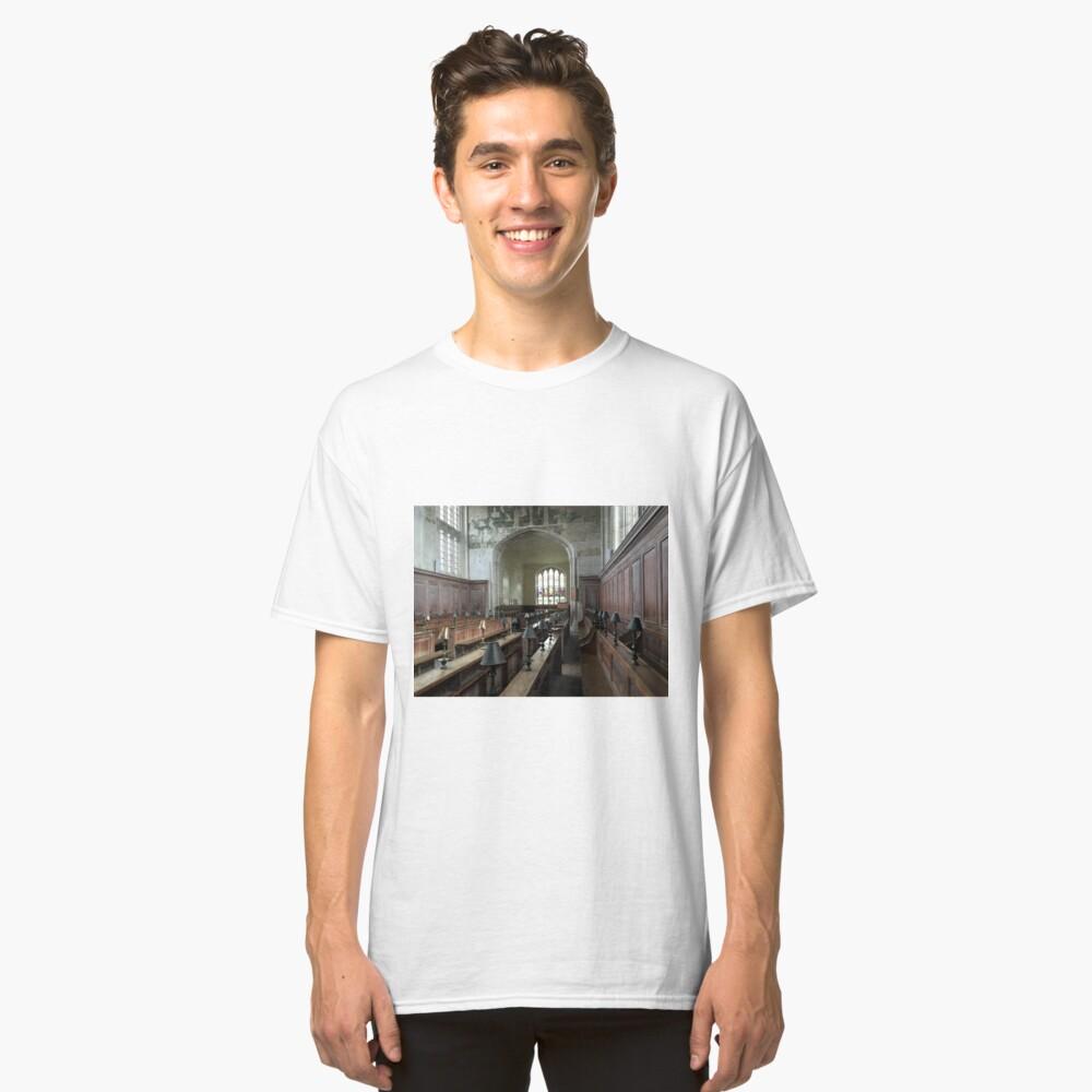 Guild Chapel Interior, Stratford Upon Avon, England. Classic T-Shirt