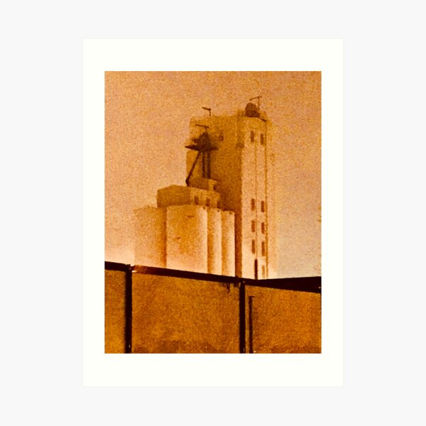 Old Minneapolis Grain Elevator Art Print