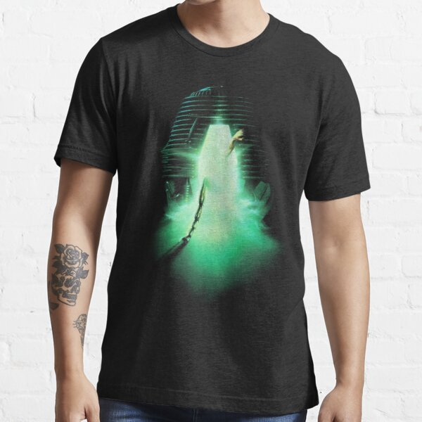 THE FLY Essential T-Shirt