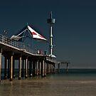 Brighton jetty by EblePhilippe