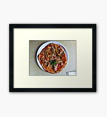Pizza Verano Aves Framed Print