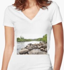 long exposure river Women's Fitted V-Neck T-Shirt
