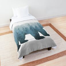 Misty Forest Bear - Turquoise Comforter