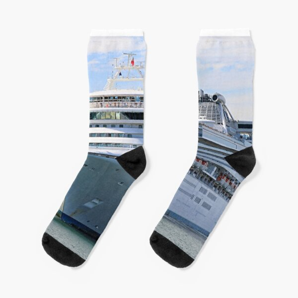 Cruise ship 13 Socks