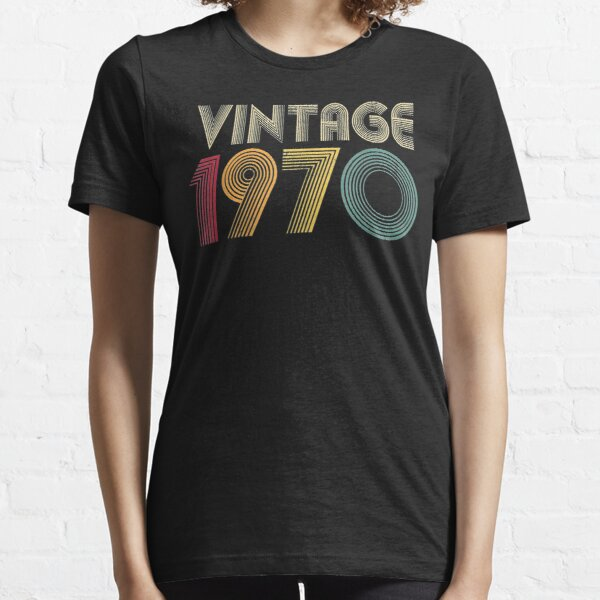 Retro 1970 50th Birthday Gift Classic 50 Years Old Essential T-Shirt