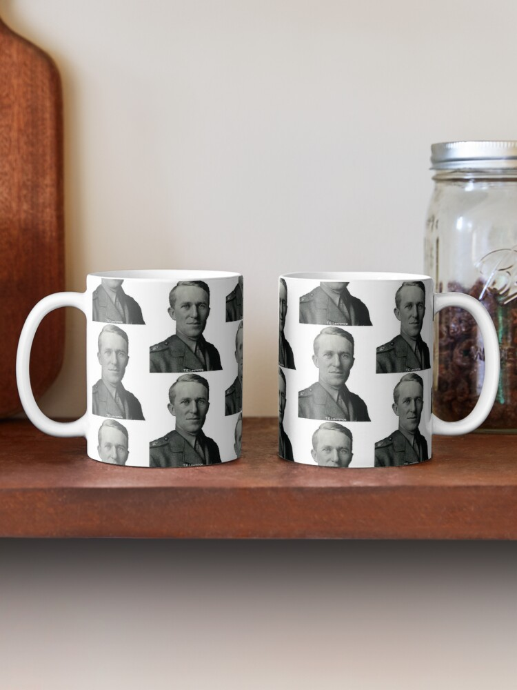 Alternate view of T.E.Lawrence (Lawrence of Arabia) in military uniform Mug