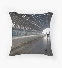 Milan - I Travel Throw Pillow