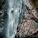 Going down - Feiticeira Waterfall by Paulo Rodrigues