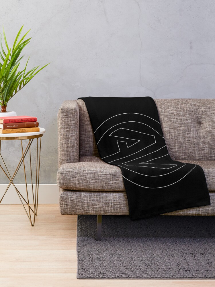 Alternate view of Aquiver Esports Throw Blanket