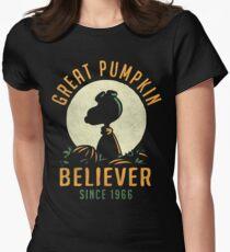 Great Pumpkin Believer Women's Fitted T-Shirt